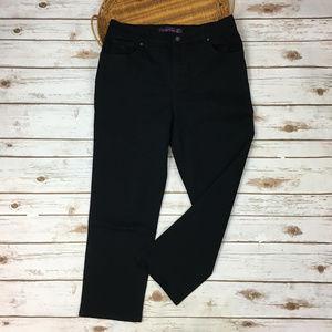 Gloria Vanderbilt Amanda sz 12 Short Black Jeans